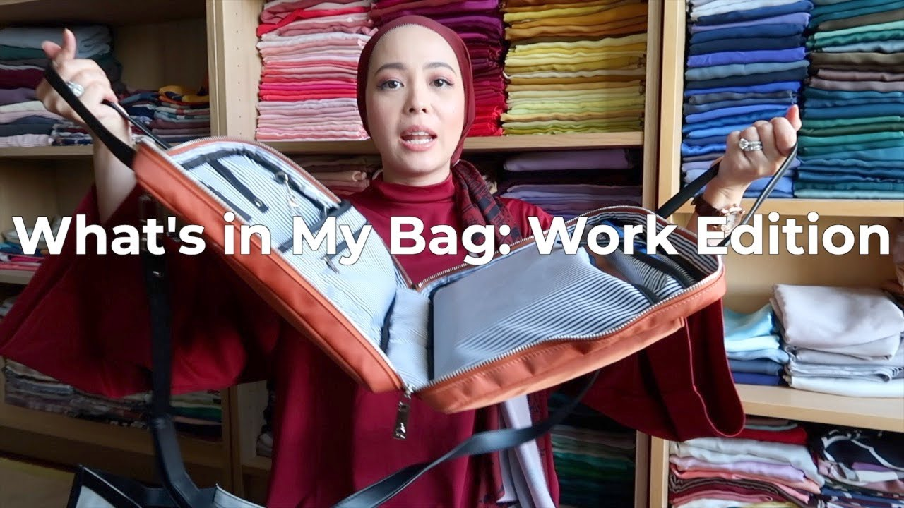 What's In My Bag: Work Edition | Vivy Yusof
