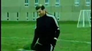 Feine Tricks von Zinédine Zidane