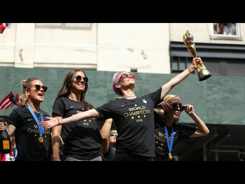 Football star Megan Rapinoe calls for equal pay for 'badass' US national team at World Cup victory parade in NYC