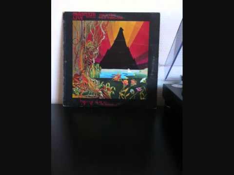 Клип Mountain - Long Red