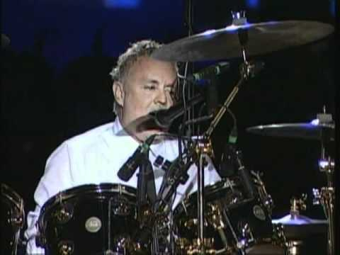 Queen + Paul Rodgers - I'm In Love With My Car (Live in Chile 2008)