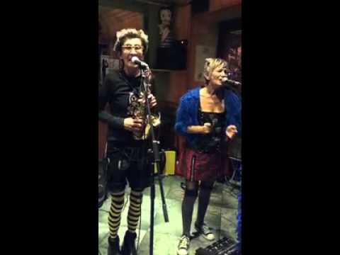BELLADONNA9CH - LA MOUETTE, live au  SEXTIUS Bar, Aix-en-Provence