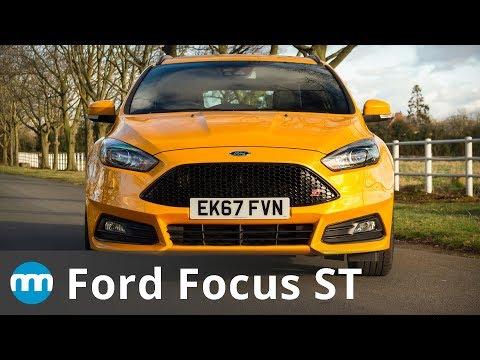 Mustang . vs Ford Focus RS vs C Corvette + Nitrous C Corvette