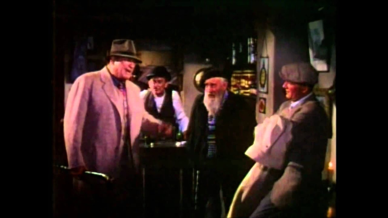 "The Pub Scene in ""The Quiet Man"" - (1952) - YouTube"