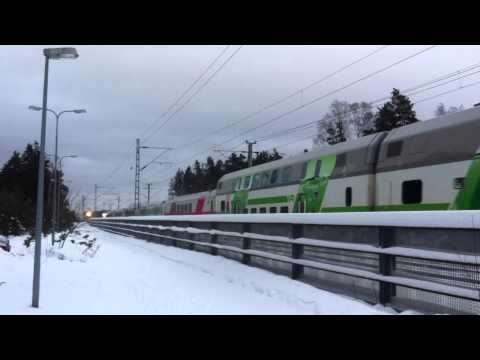 [VR] IC2 train nr. 174 from Seinäjoki to Helsinki closing Tikkurila station...