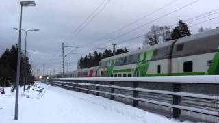[VR] IC2 train nr. 174 from Seinäjoki to Helsinki closing Tikkurila station...