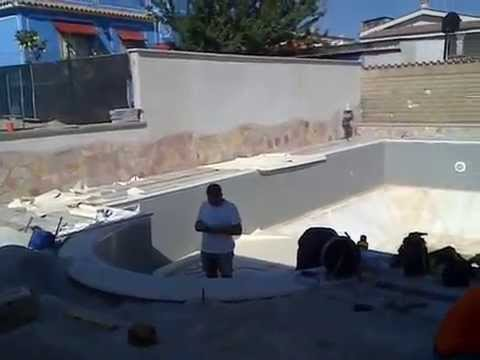 Bordo piscina quarzite brasiliana 2 youtube - Piscina castelli romani ...