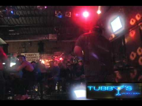 Fort Myers Gay Bars - Karaoke at Tubby's Fort Myers