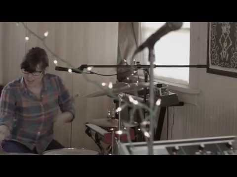 SISTERS - Green (practice session)