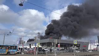 Смотреть видео Пожар салон РОЛЬФ Приморский район , Санкт-Петербург онлайн