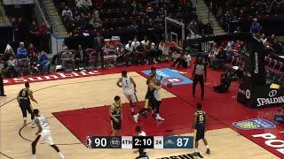 Alfonzo McKinnie (26 points) Highlights vs. Fort Wayne Mad Ants