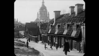 1913 - Street Scenes in Stockholm, Sweden (speed corrected w/ added sound)