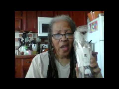 BeautyFrizz Fractionated  Coconut Oil By Simply Coco  Review.