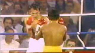 Carlos Zarate vs Guadalupe (Lupe) Pintor (06/03/1979) (3/6)