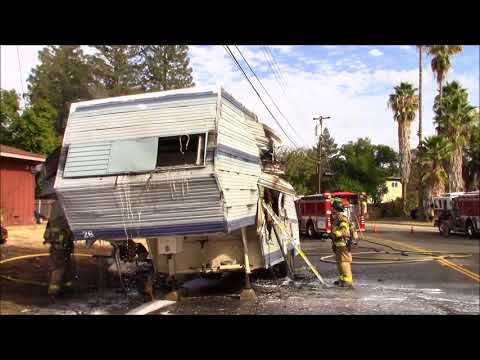 Working RV Fire With Collapsure - SMFD & SCSD Responding & On Scene