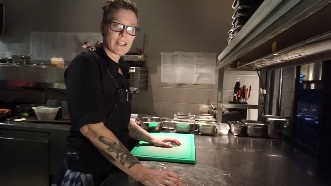 De Keuken Utrecht : De nuk kijken in de keuken van le jardin in utrecht youtube