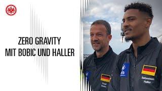 Sébastien Haller und Fredi Bobic in Schwerelosigkeit