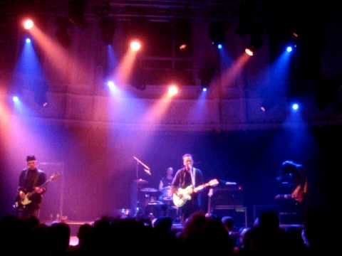 WIRE  - COMET  - LIVE  @  PARADISO AMSTERDAM (14.02.2011) PART 3