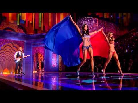 Ed Sheeran - 2014 Victorias Secret Fashion Show Preview