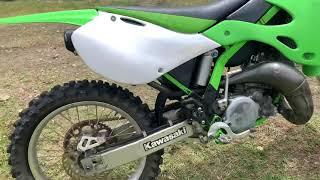 2002 Kawasaki kx125 walkaround and startup