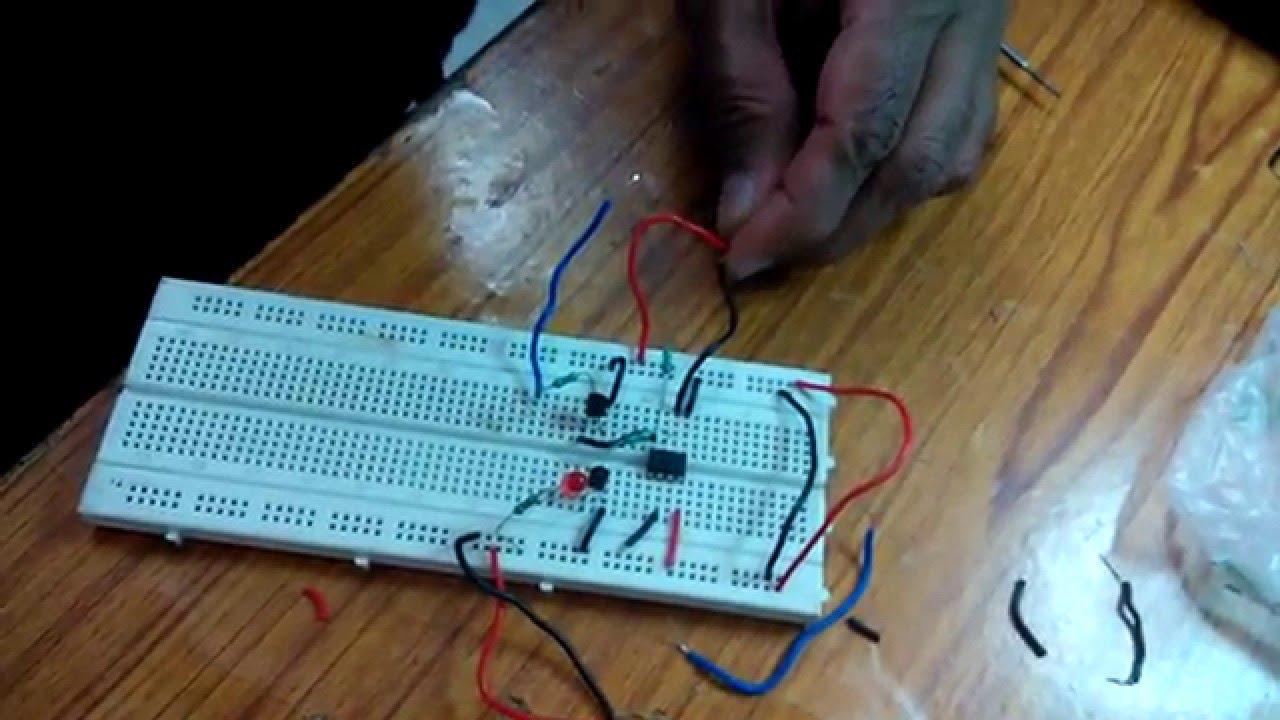 Electronics Club Mini Project: Team Elektrons - YouTube