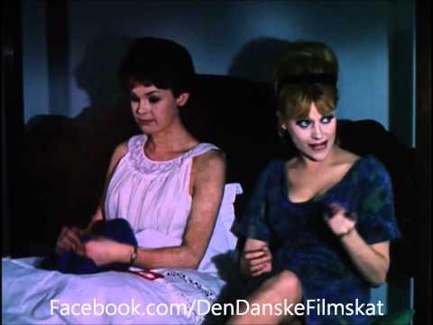 Pigen og pressefotografen (1963) - To i himmelsengen
