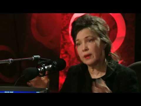 Mary Margaret O'Hara on Q TV