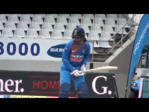 smriti-mandhana-&-priya-punia-batting---india-v-nz-2nd-t20i-auckland-2019