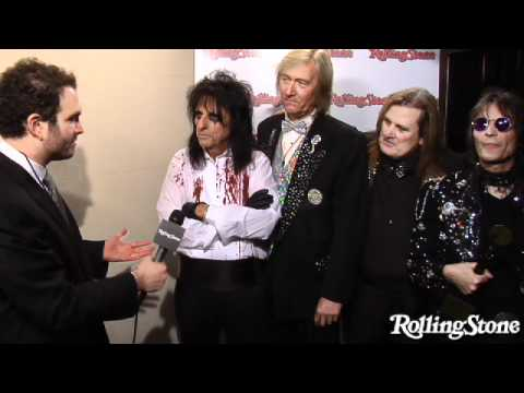 alice cooper rock and roll hall of fame 2011 youtube. Black Bedroom Furniture Sets. Home Design Ideas