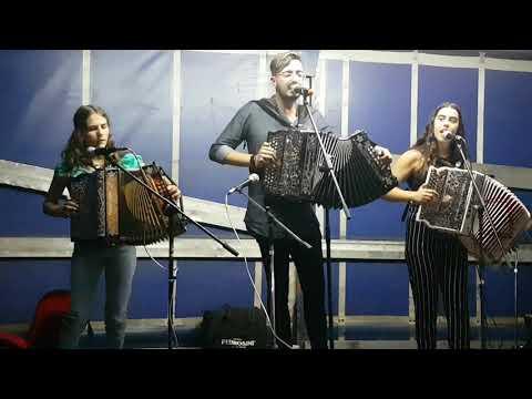 Rio Lima. Pelo Grupo  Ás da Concertina Em Padornelo Paredes de Coura