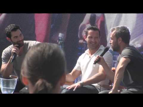 Tyler Hoechlin, Ian Bohen & J.R. Bourne at Alpha Con describing each other  who would you kill?
