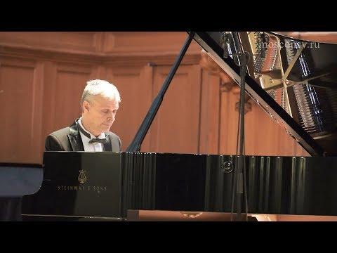 Ф. Шопен. Вальс до-диез минор, соч. 64 №2. Андрей Писарев (фортепиано)