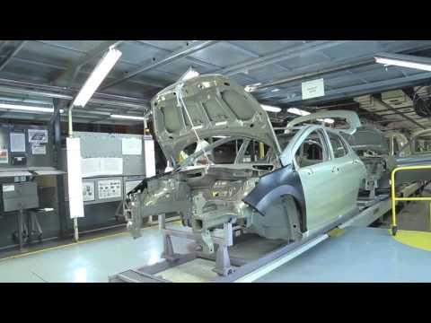 Visitamos la planta industrial de PSA Peugeot - Citroën