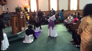 "Juanita Bynum ""Behind The Veil"" Praise Dance"