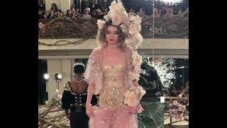 Baixar Dolce&Gabbana FW 2018/19 Alta Moda show in New York