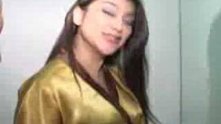 Repeat youtube video Massage Hot Sarah Azhari 2.flv