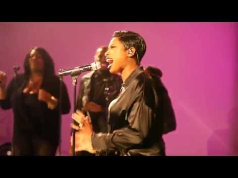 JENNIFER HUDSON PERFORMS #LOVEHASNOLIMITS @WHOTEL 10/21/2014