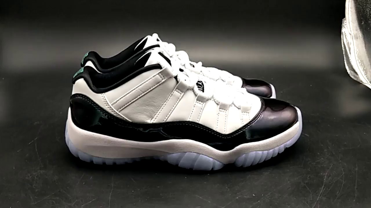 8a01c687ad6677 Air Jordan 11 XI Retro Low Concord 528895 153 - YouTube