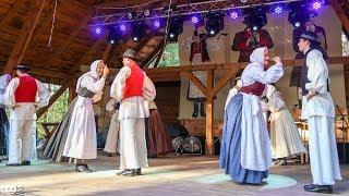 Występ zespołu Folklorno druśtvo 'Anton - Joże Śtrafela' ze Słowenii