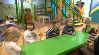"""Англоязычный детский сад """"Взмах - Центр"""". Занятие английским. Developing у малышей."""