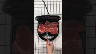 와플기계에 고기 눌러서 굽는 영상 (NO 프라이팬) |…