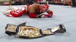 vuclip Rey Mysterio Wins WWE Championship ....(winning moment)  WWE Raw 7 25 11  720p
