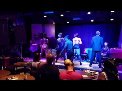 Christina Aguilera - Express and James Brown funky good time Burlesque Dance