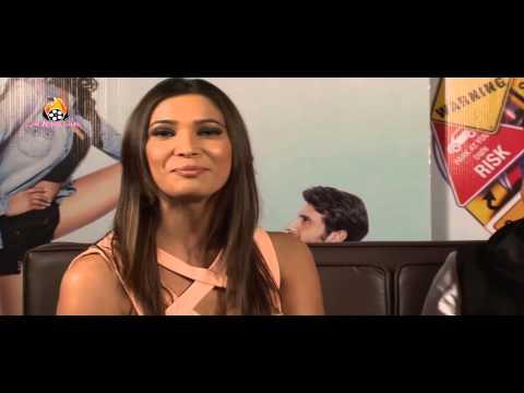Dilliwali Zaalim Girlfriend Exclusive Interview Star Cast