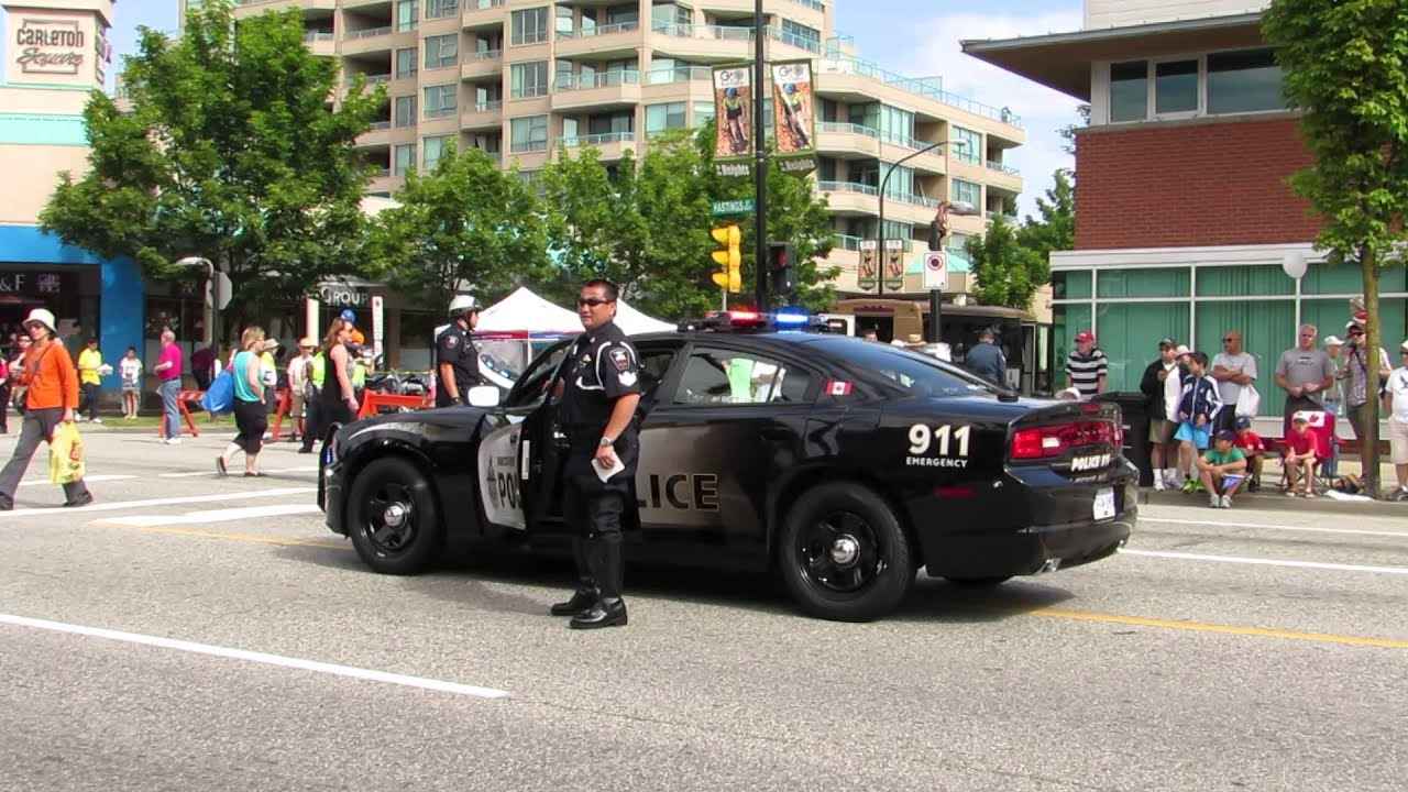 Vancouver Police Dodge Charger - YouTube