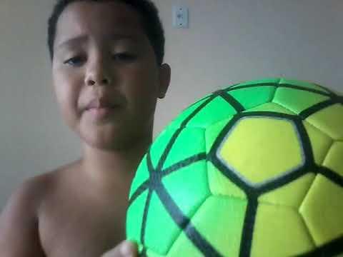 Mostrando a minha bola nova da liga espanhola oficial va na descrição