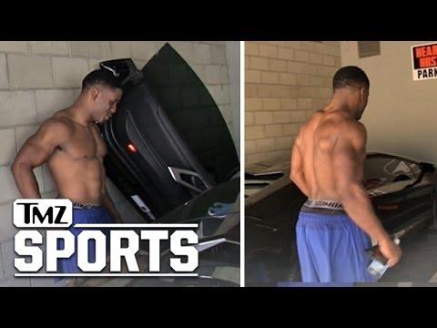 Sooo... Reggie Bush Is In Pretty Good Shape | TMZ Sports