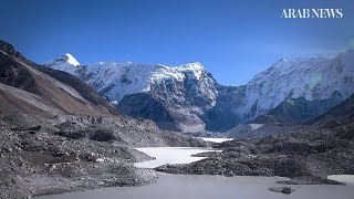 Facing climate change in the shadow of Mount Everest thumbnail