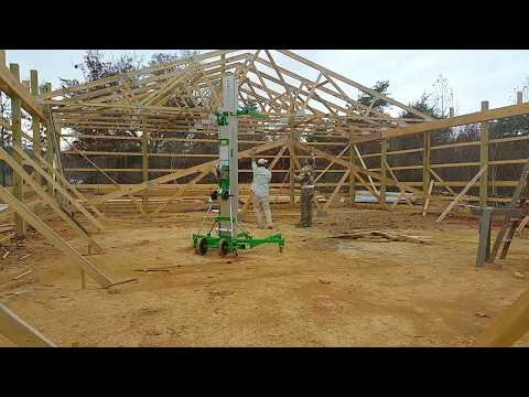 Raising A 40ft Truss With A Material Lift And 2 People!!!  DIY Budget Pole Barn Build