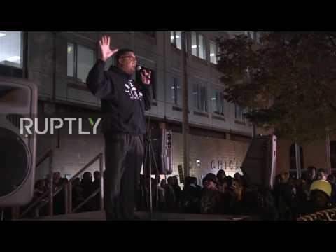 USA: Hundreds picket Chicago police HQ on anniversary of Laquan McDonald shooting